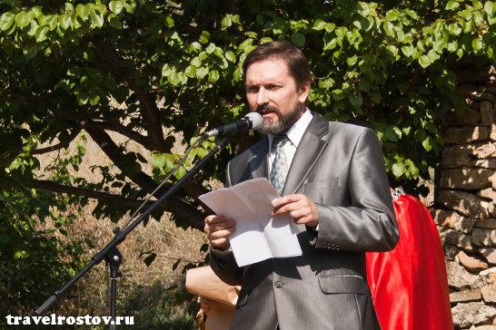 Директор музея Танаис Вадим Иванович Перевозчиков